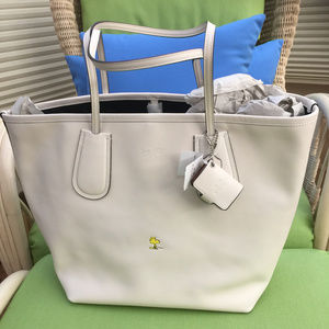 COACH X PEANUTS WOODSTOCK TAXI TOTE WHITE LIMITED